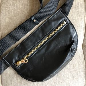 Slim Black Leather Fanny Pack